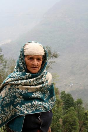 Колоритная бабуля